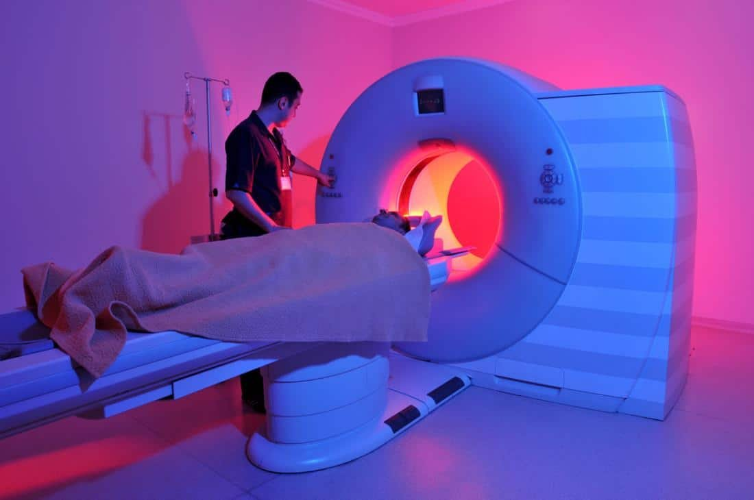 magnetic resonance image MRI scan machine learning diagnosis