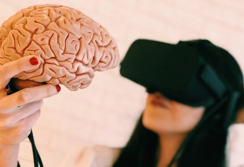 Virtual reality, Virtual World, Human Brains, Technology, VR headsets